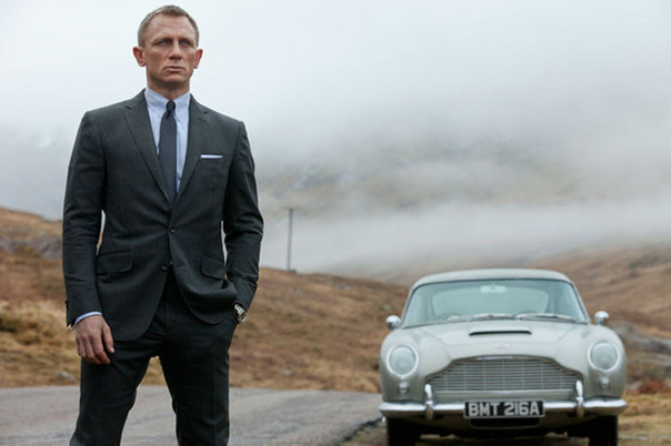 Bond-24-macho