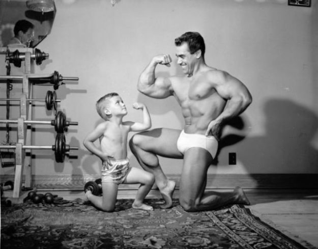 a_comparison_of_bodybuilding_throughout_the_years_640_08-w625