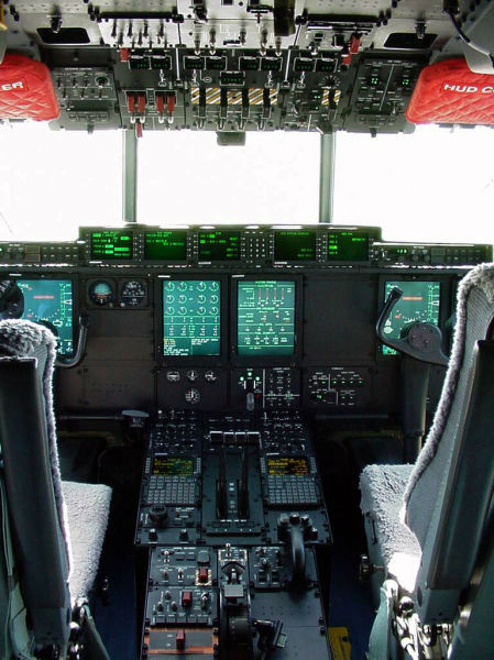 inside_the_cockpits_of_various_flying_machines_640_06-w625