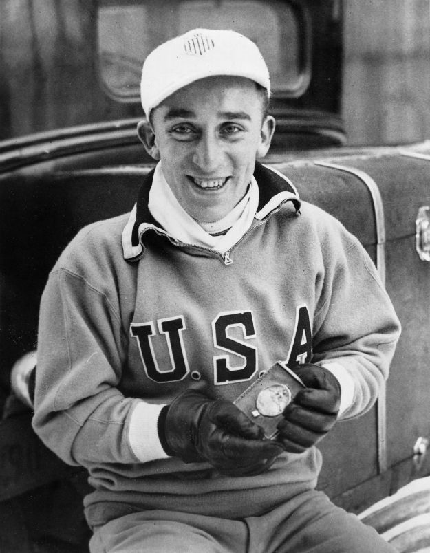 the-american-teams-outerwear-was-much-simpler-in-1932