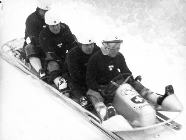 the-bobsled-at-the-1936-olympics-in-germany-looked-like-something-kids-use-today