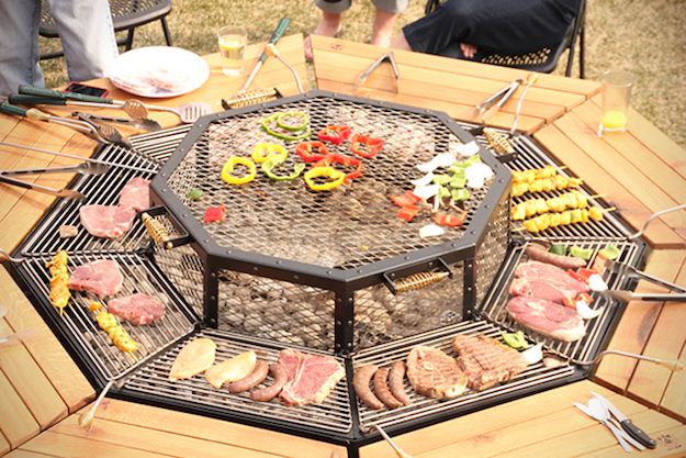 Jag-Grill-BBQ-Table-3