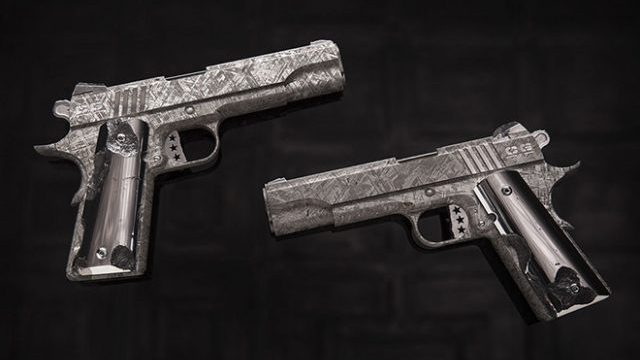 Photo of Big Bang Pistol Set – pištolji napravljeni od 4,5 milijarde godina starog meteorita