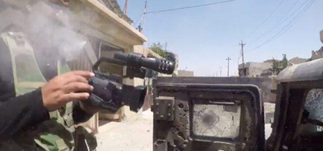 Novinaru GoPro spasio život! Odbio je metak snajperista ISIS-a, a ovo je snimka!